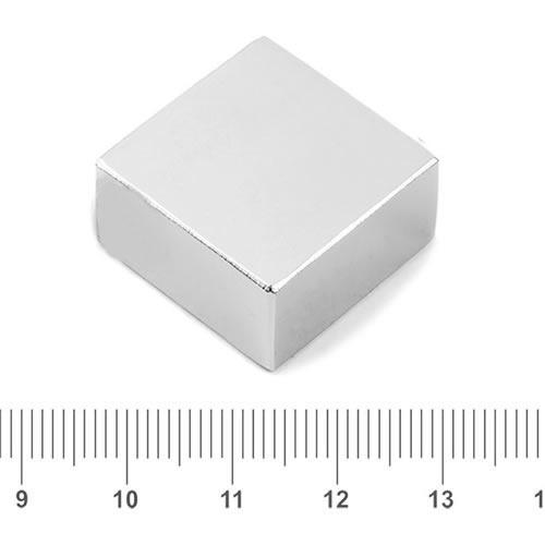 25 x 25 x 13mm Rectangle Neo Magnet N40 Nickel