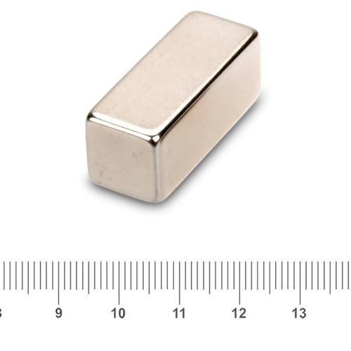 30 x 12 x 12mm Strong Axial NdFeB Magnet N52 Ni