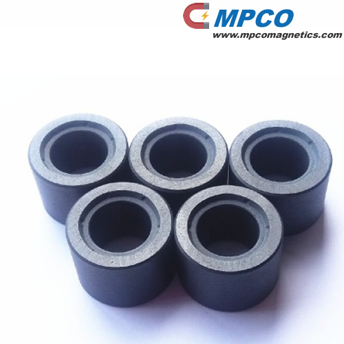 Ferrite isotropic sintered multipole magnet ring