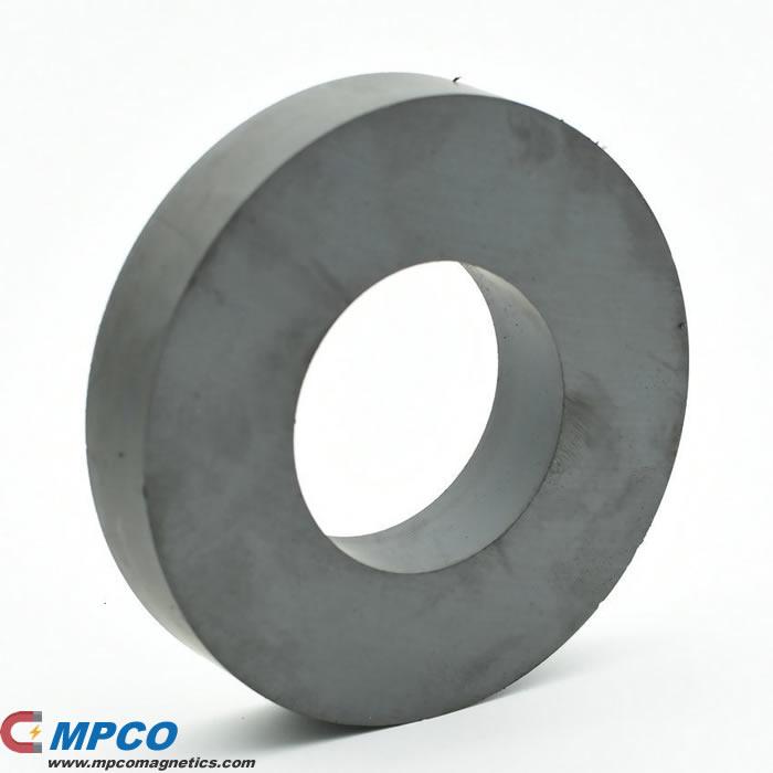 Pressing and Sintering Ferrite Ring Permanent Magnet