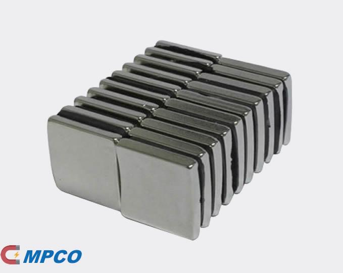 Through Thickness Magnetized N52 Neodymium Motor Magnets
