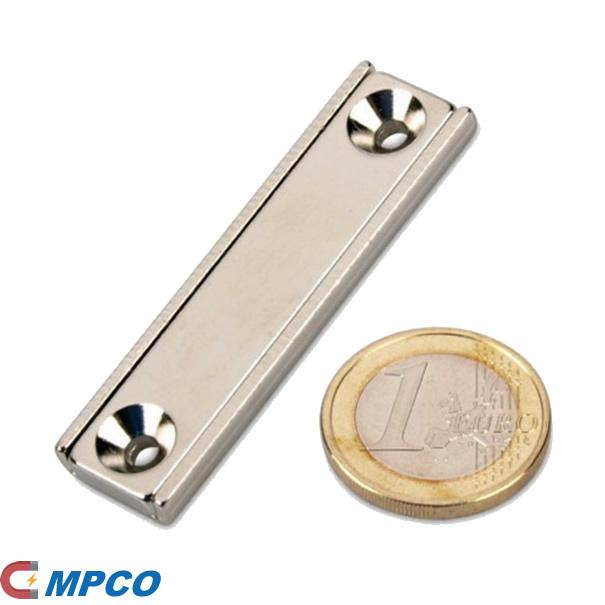 Rectangular Neodym Pot Magnet Embedded In Steel U-Channel