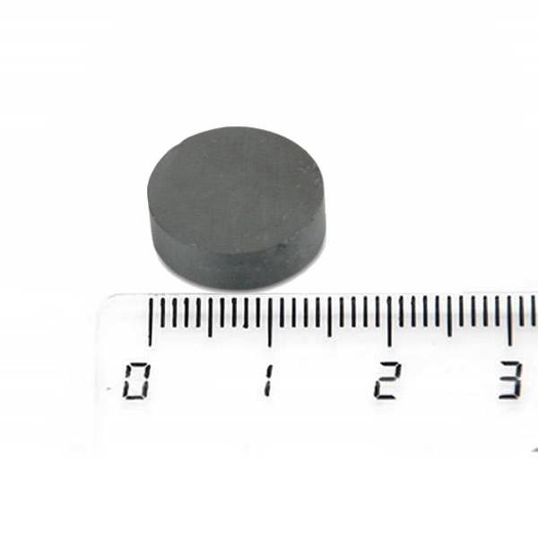 C8 Ceramic Disc Magnet 15 x 4mm for Fridge Used