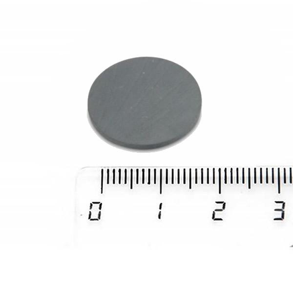 China Ceramic Ferrite Round Magnets Thin Flat 20 x 1.5mm Y35