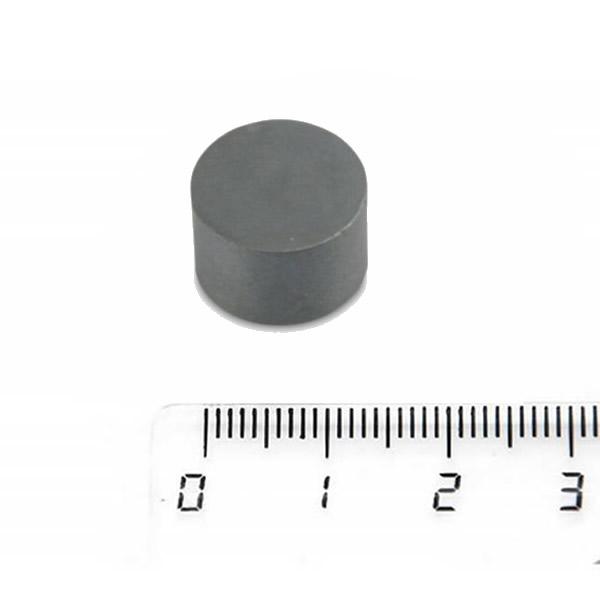 Fridge Ferrite Round Disc Magnet 15 x 10mm Y33